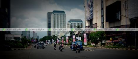 umbul-umbul debenhams senayan city senayan + watermark