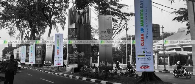 umbul-umbul Clean Up Jakarta Asia Afrika